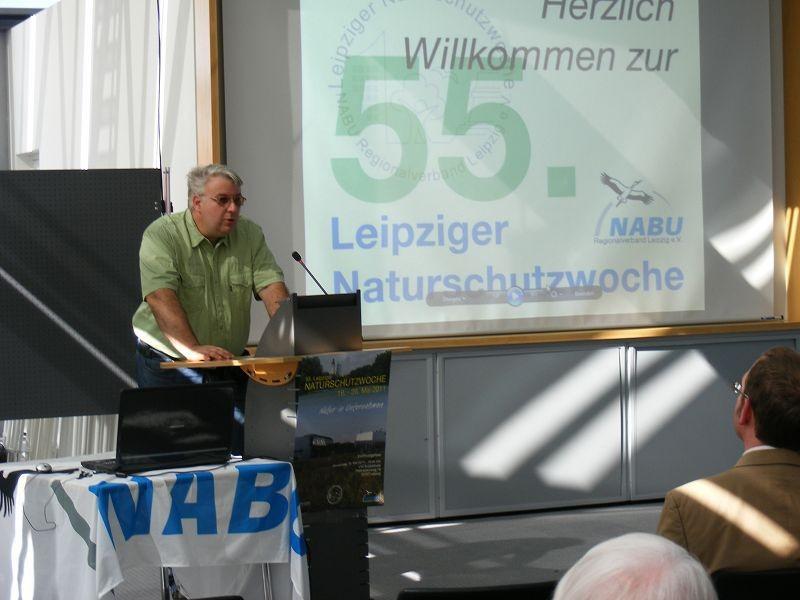 Karl Heyde vom NABU Leipzig e. V. bei seinem fachbezogenen Vortrag des zum Thema der Naturschutzwoche.