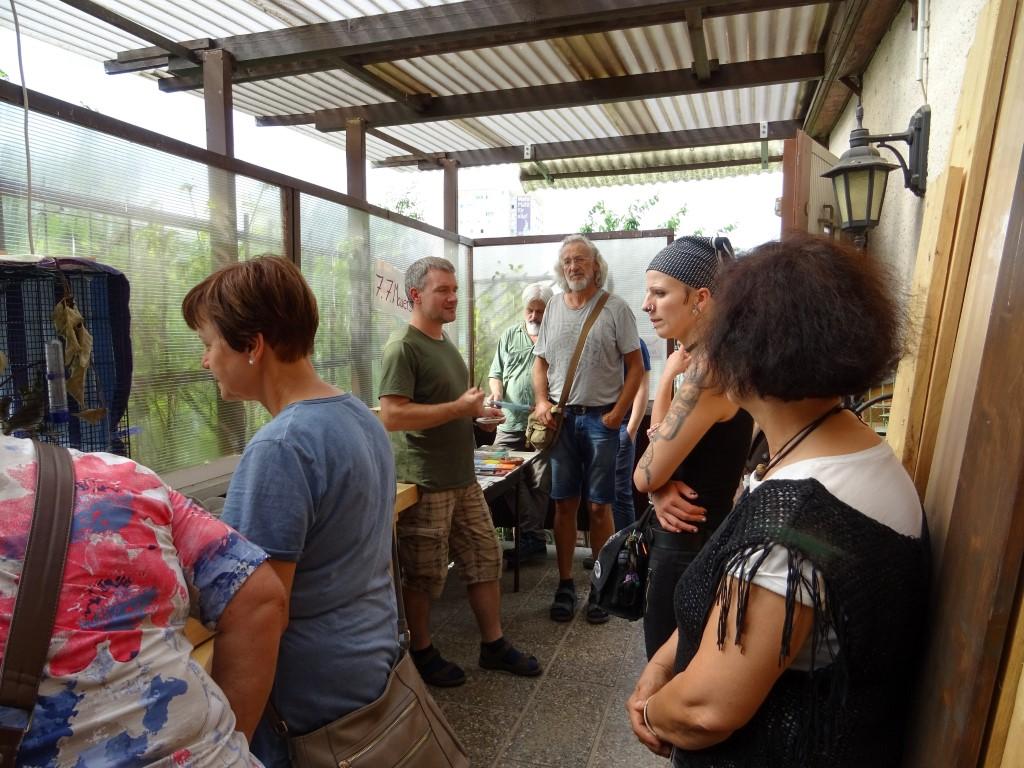 Karsten Peterlein stellte den Gästen die Arbeit der Wildvogelhilfe Leipzig vor...