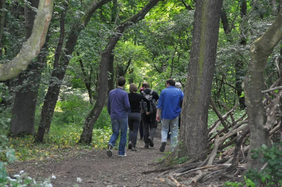 """NABU-Präsident Tschimpke nutzte die Gelegenheit für einen Besuch im Naturschutzgebiet """"Luppeaue"""", in dem der NABU-Regionalverband Leipzig einige Biotope betreut und wo ein Teil des Auenrevitalisierungsprojekts Lebendige Luppe realisiert wird."""