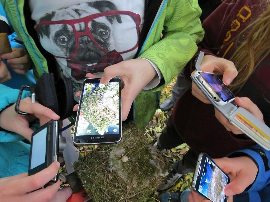 sondern auch mit den Smartphones.</p>Foto: Karsten Peterlein