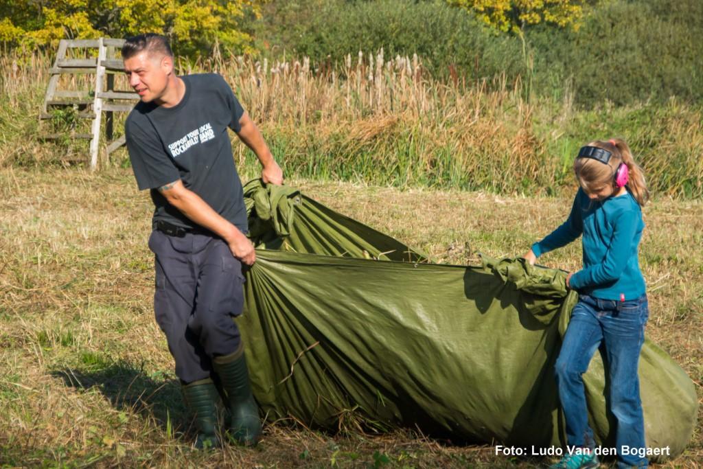 Dabei können auch die jüngsten Naturfreunde schon helfen.</p>Foto: Ludo Van den Bogaert