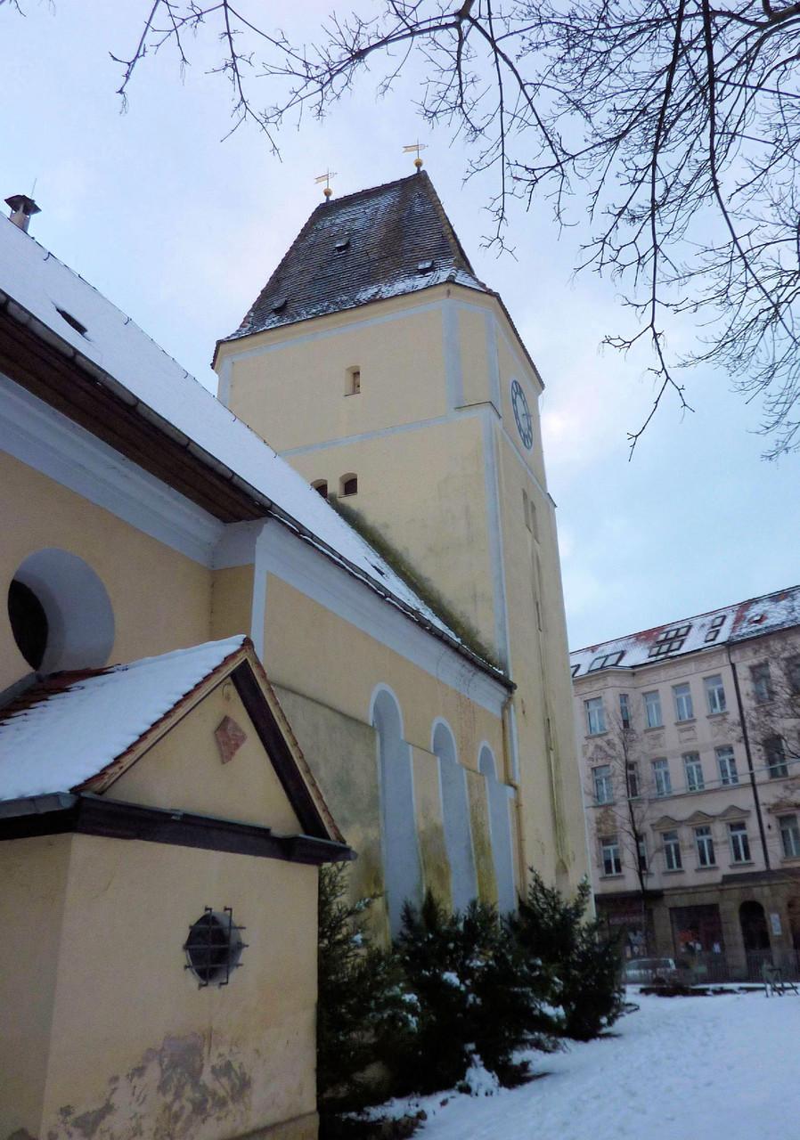 Die Stephanus-Kirche - zukünftig bietet sie unter ihrem Dach Wohnraum für Dohlen. Foto: Karsten Peterlein
