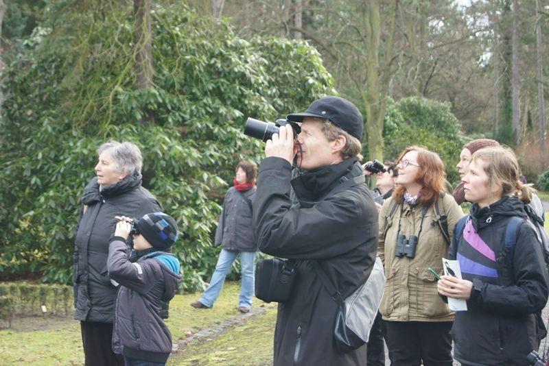 Nicht nur mit Zählbogen und Fernglas waren die Vogelfreunde unterwegs, es wurden auch schöne Vogelfotos gemacht. Foto: René Sievert