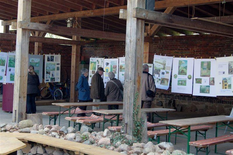 Die Besucher fanden in der Auwaldstation viel Informatives.