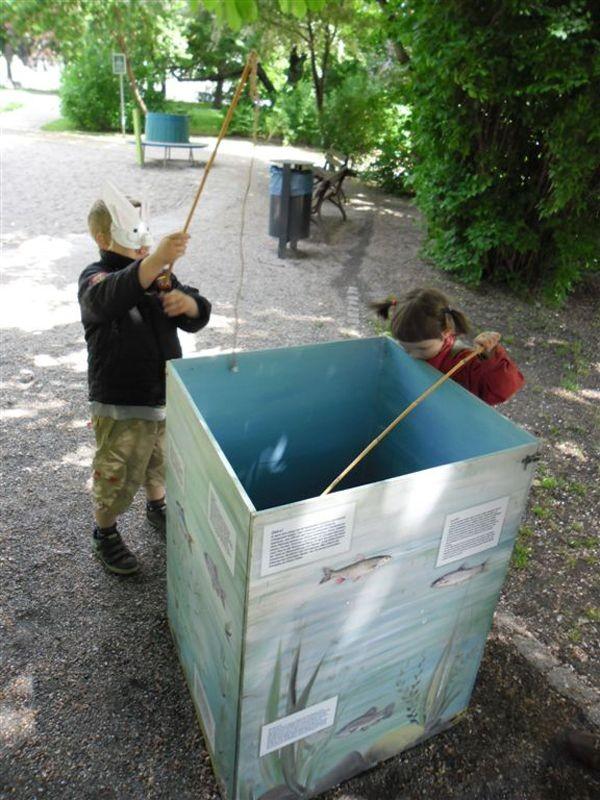Spielerisch konnte man sich Wissenswertes über die heimische Fischwelt angeln. Foto: René Sievert