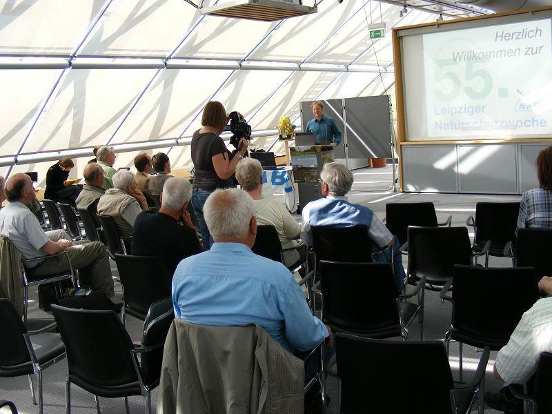 Auch Philipp Steuer, Vorsitzender des NABU-Regionalverbandes Leipzig e. V., hielt eine Rede bei der Eröffnungsveranstaltung.