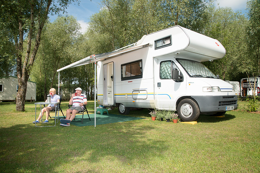 Camping Sites & Paysages  Les Saules à Cheverny - Loire Valley - Posez le camping car en pleine nature, au coeur des châteaux de la Loire