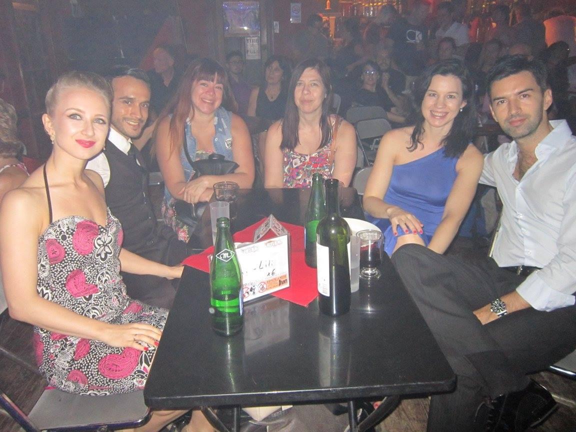 mit Freunden in der Maldita Milonga