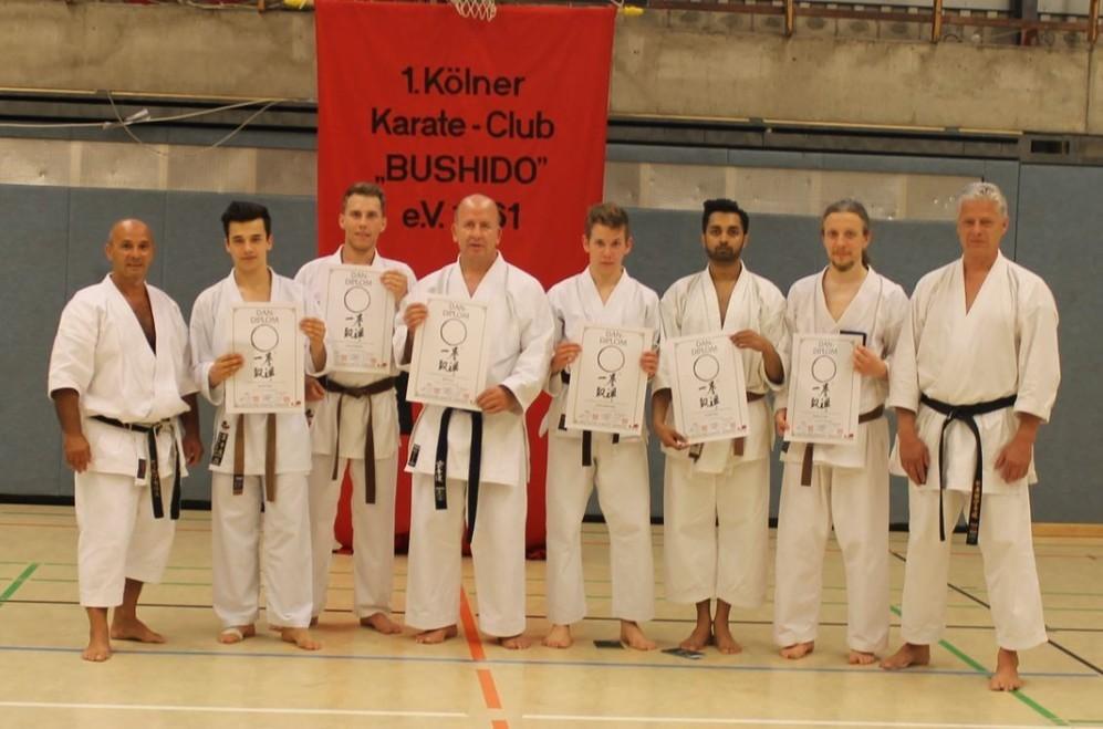 v.l.: Georg Karras, Denis, Marcel, Ralf, Mario, Jerrisch, Andrew und Gunar