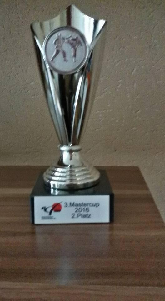 Der Pokal – Glückwunsch!