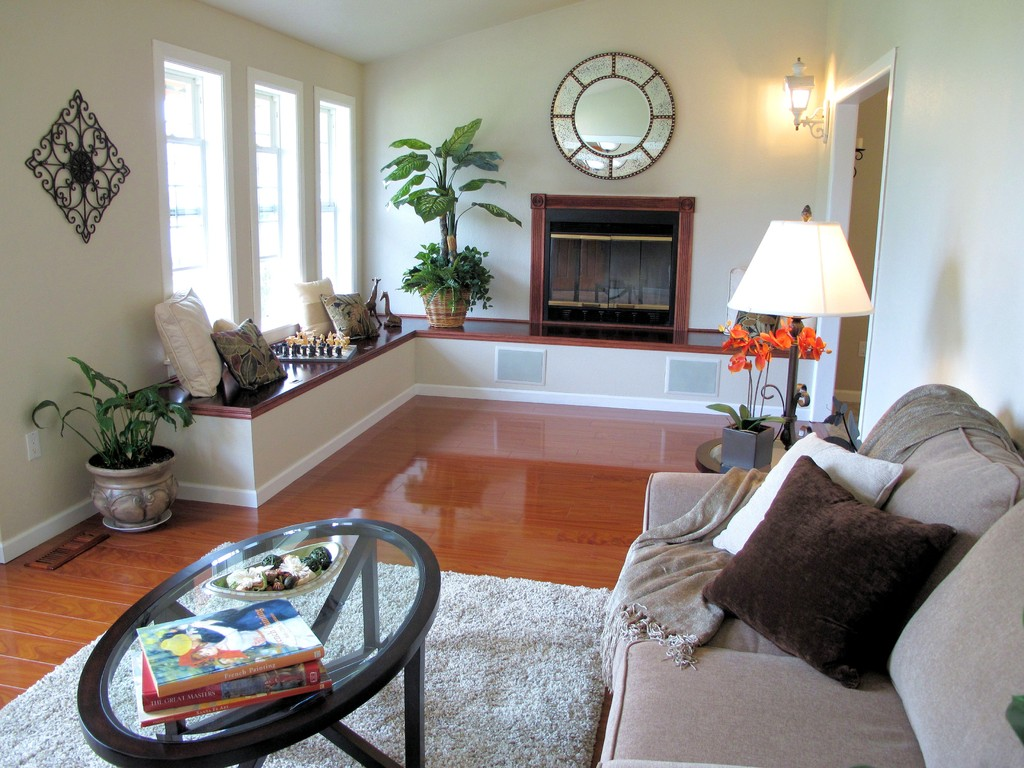 Decorating A Long Narrow Living Room Spaces Streamlined
