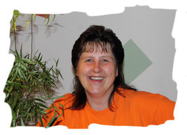 Manuela Sommerer (Rezeption, Service, Housekeeping)
