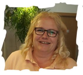 Silvia Otto (Rezeption, Service, Housekeeping)