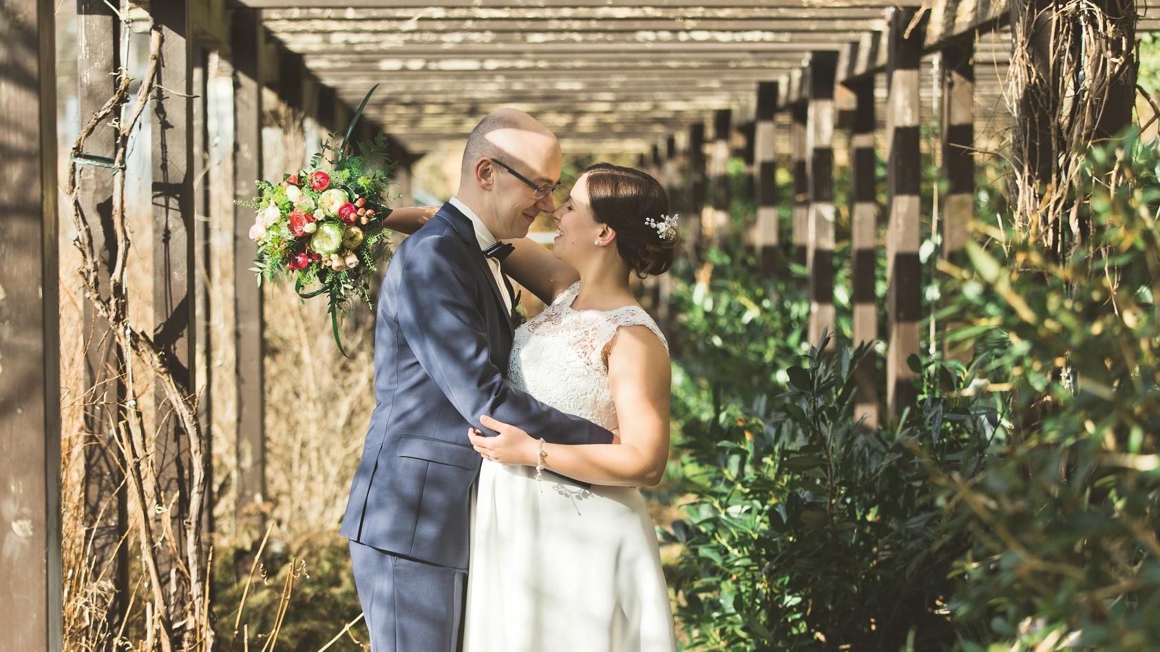 schwangere Hochzeit auf schloss Wildeck in zschoapu