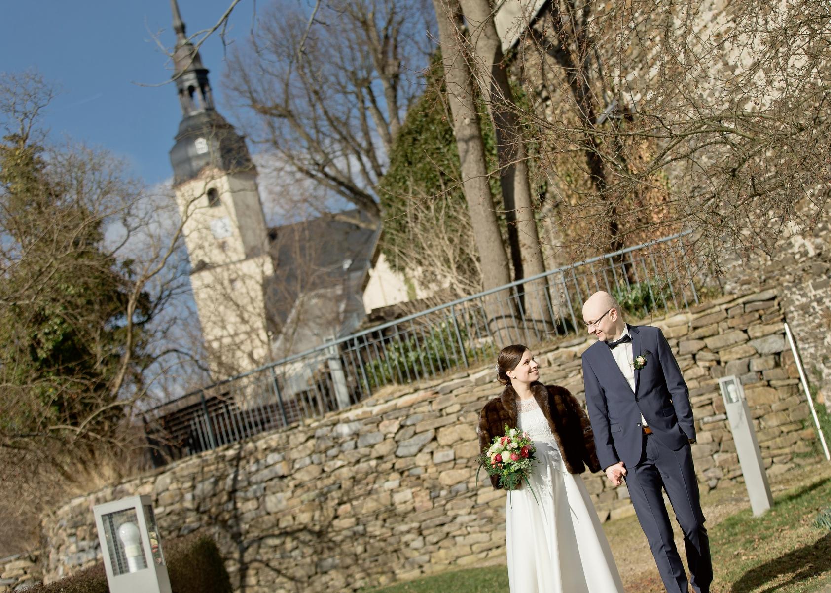 park von schloss wildeck, heiraten zschopau im schloss wildeck, als Hochzeitsfotograf in zschoapu