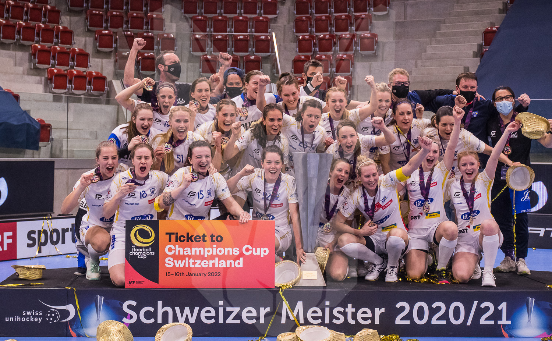 10.04.2021   Die Frauen der Kloten-Bülach Jets holen sich gegen die Skorpion Emmental Zollbrück den Schweizer Meistertitel