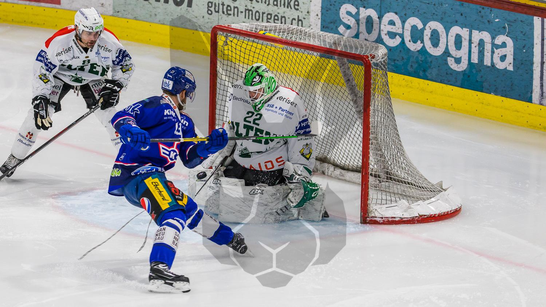 08.04.2021   Der EHC Kloten sichert sich einen Matchpuck für den Einzug in den Playoff Final. Kloten gewinnt gegen Olten 5:2.