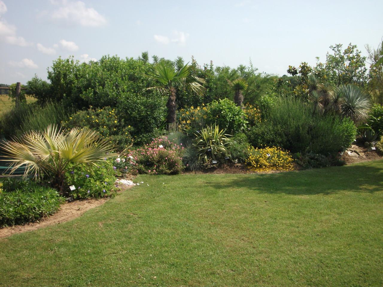 le jardin entr e gratuite site le jardin des 4 saisons. Black Bedroom Furniture Sets. Home Design Ideas