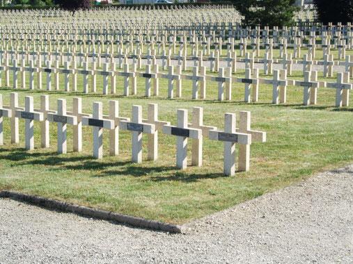 Romagne-sous-Montfaucon - Cimetière Guerre Mondiale