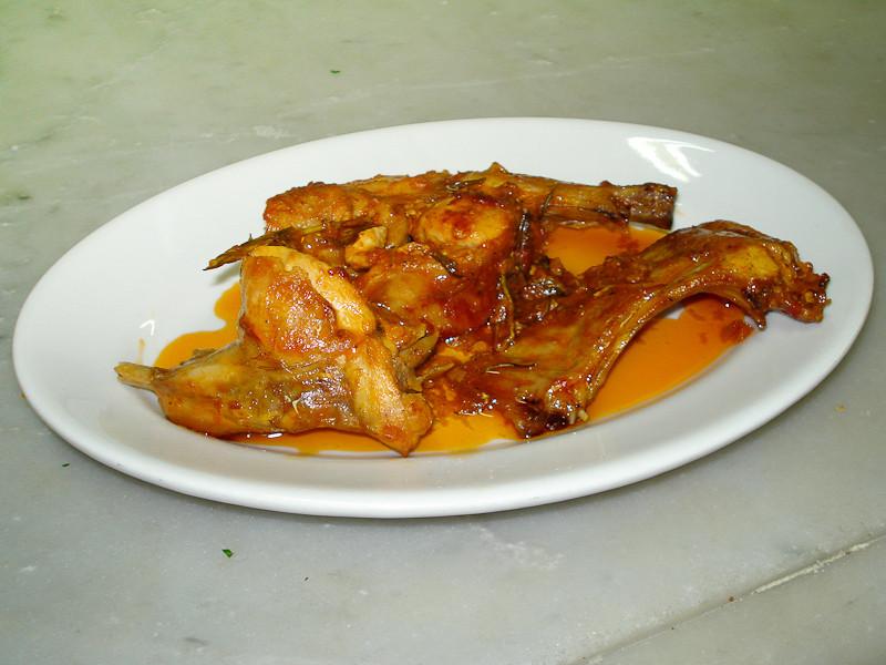 Coniglio in salsa