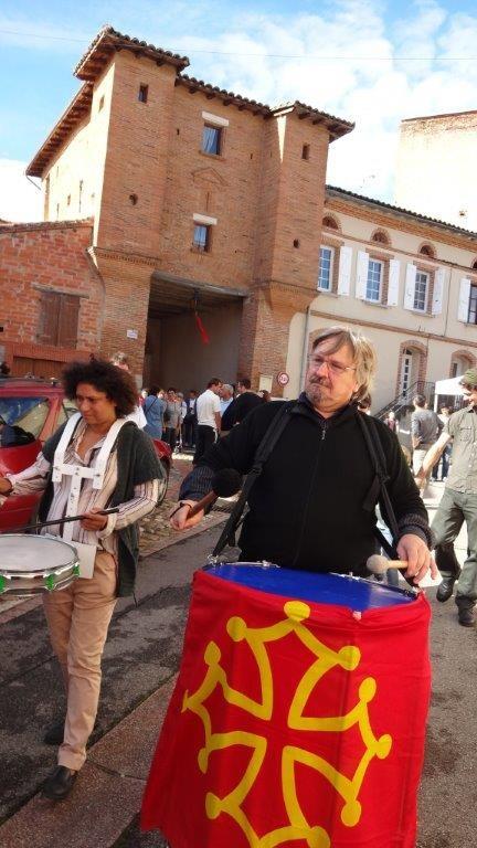 Jean-Michel et Jackie OGIER aux tambours - Bassacada à Fête du Figuier 20/10/2013