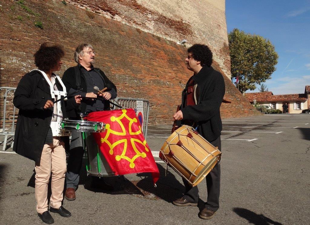 Jackie OGIER, Gilles ROUGEYROLLES, Jean-Michel OGIER - Bassacada à Fête du Figuier 20/10/2013