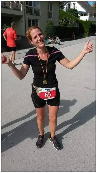 Ein irres Gefühl - Sophia direkt nach ihrem ersten Marathon.