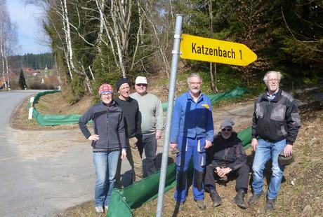 Die Helfer nach getaner Arbeit: (von links) R. Wagenstaller, G. Sebald, K. Pscheidl, U. Obermaier, F. Harzer, F. Obermeier