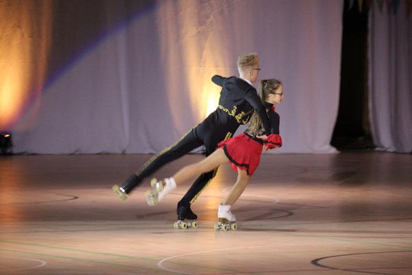 Aylin Girgin und Justin-Leon Fleischer (Schaulaufen 2019)