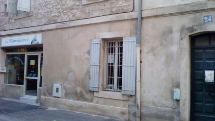 blanchisserie 24 rue Lanterne Avignon