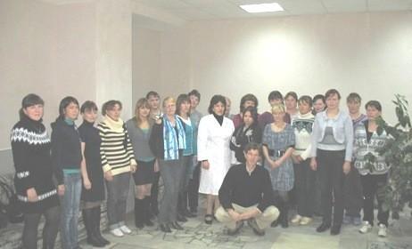 """Группа техников искусственного осеменения, обучавшихся по программе """"Прогрессивные технологии воспроизводства КРС"""", октябрь 2012 года"""