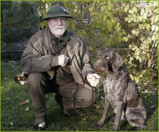 Jochen Olbrecht (Zwingerinhaber) mit Hündin Nele