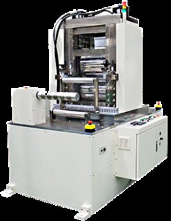 (株)セイワ フリクションシャフト使用例 30トン油圧式ロールプレス