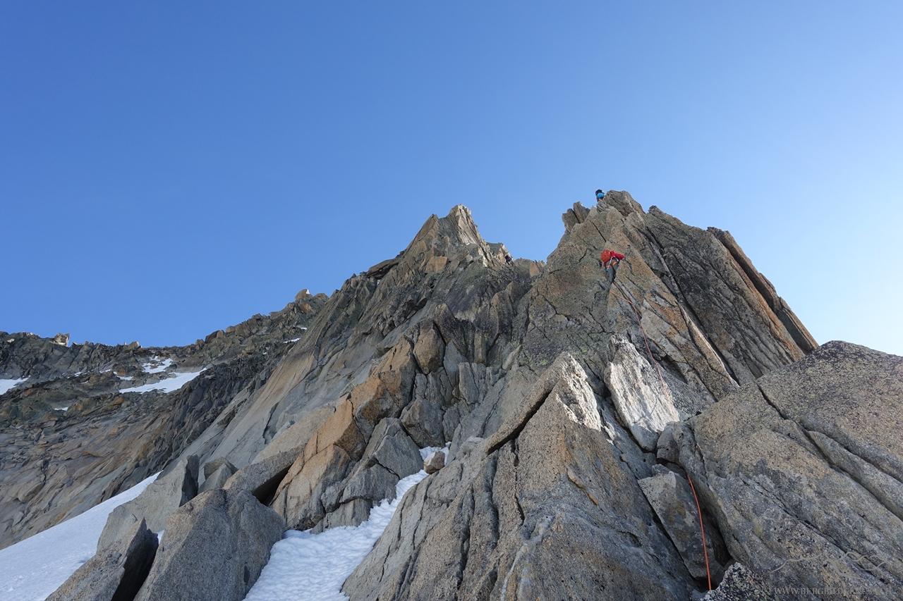 Sicht zu den ersten Klettermetern..