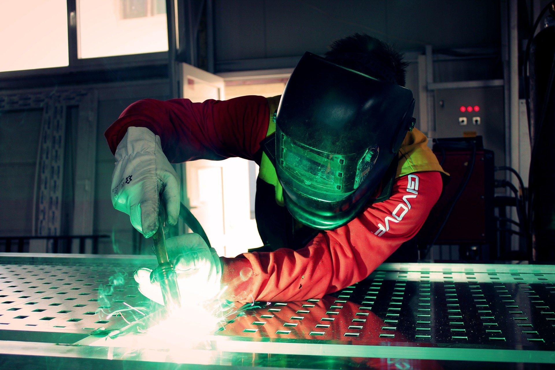 Vom Stahlhändler zum Metallbauer/Schlosser