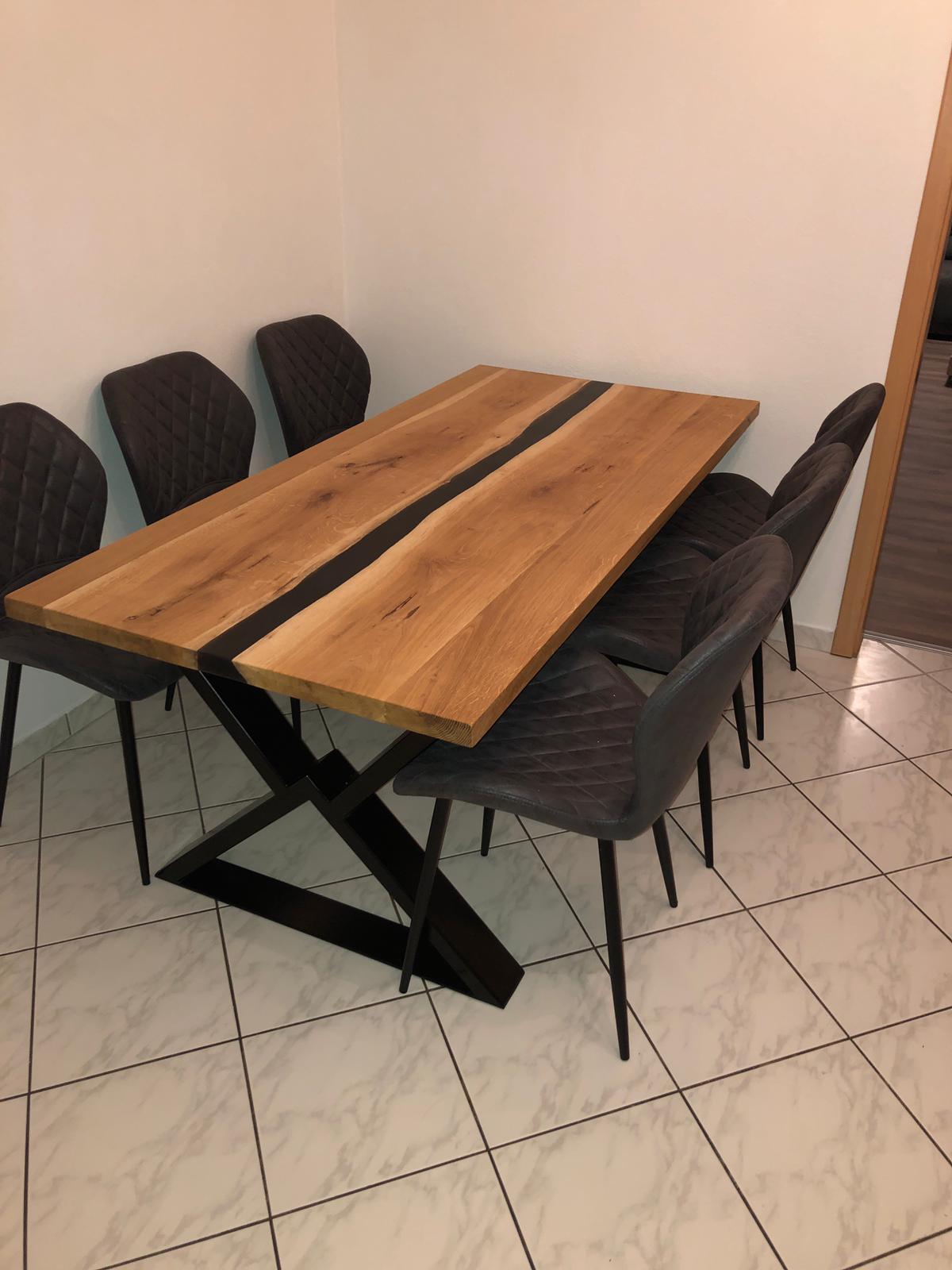Esstisch Industrie Design, Holz Eiche mit Epoxidharz