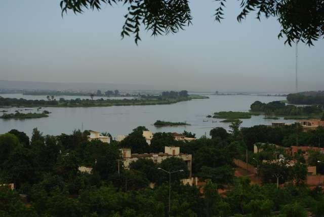 Le vaste fleuve Niger