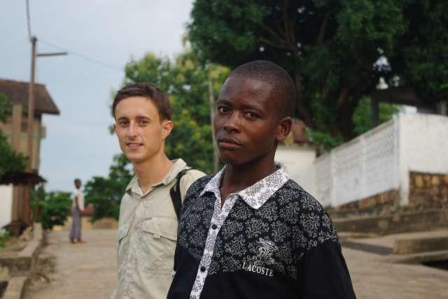 Notre guide à Atakpamé, Claude