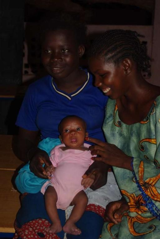 Ami, Aminata et son bébé