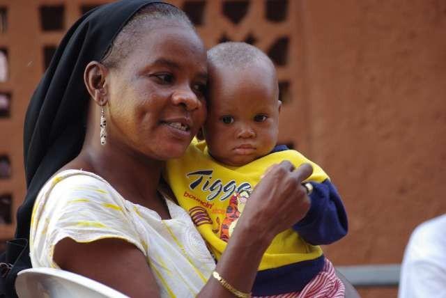 Fatoumata (la mère éducatrice) et Abdoullaye