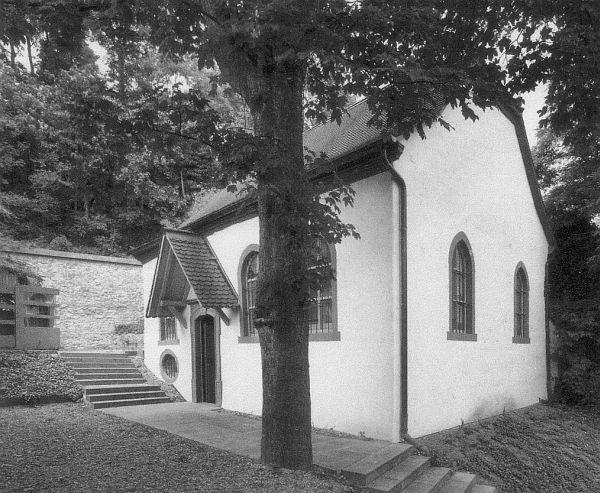 Das Synagogengebäude von Südosten