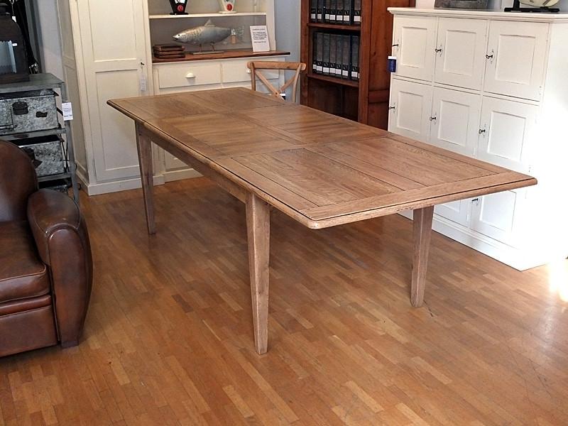 Tisch Normandie mit zwei Verlängerungen