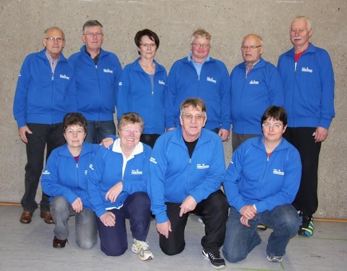 Bezirksvorstand 2014 mit den neuen Jacken