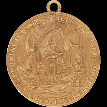Een gouden medaille voor de commandeur Haringman 1753 coll. Scheepvaartmuseum