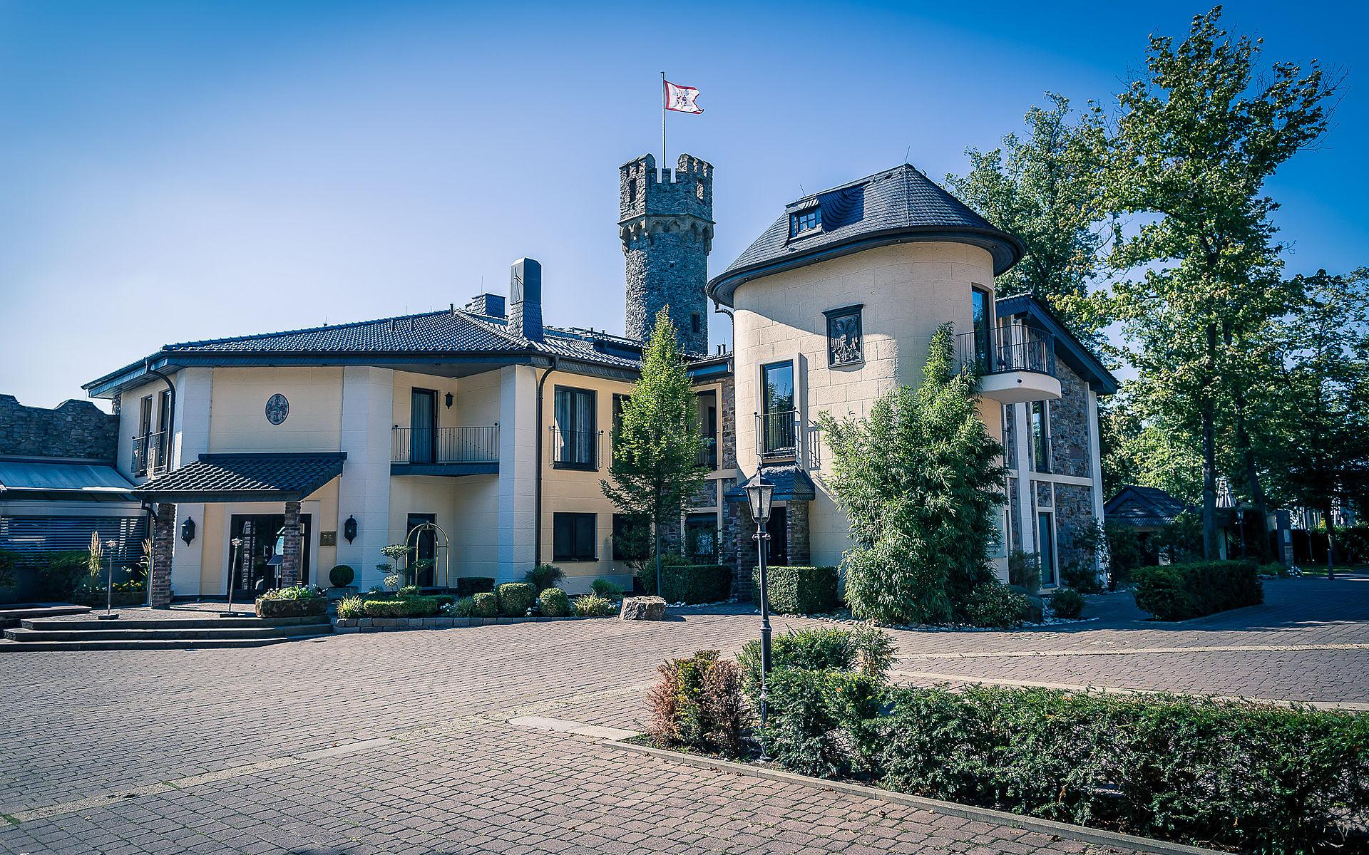 Burg Schwarzenstein Relais & Château
