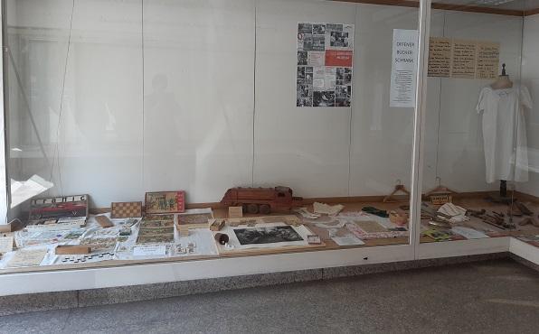 Auslage zur Präsentation des Museums Kautzen , Waidhofen/Thaya, Böhmgasse 6