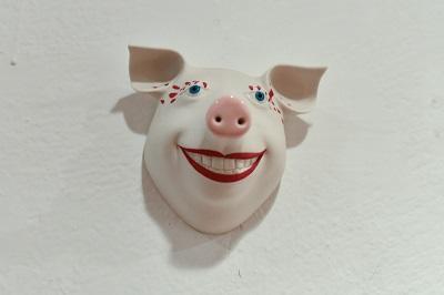 Porzellanschwein von Margit Russnig, a 42.-