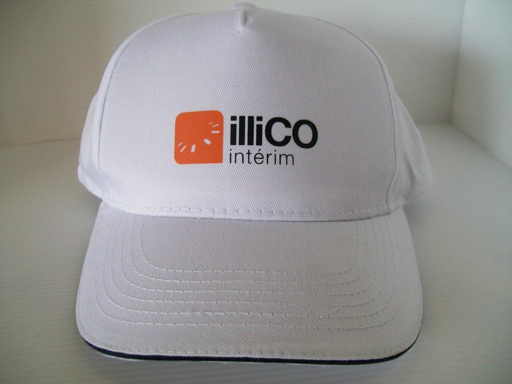cappellino bianco con stampa