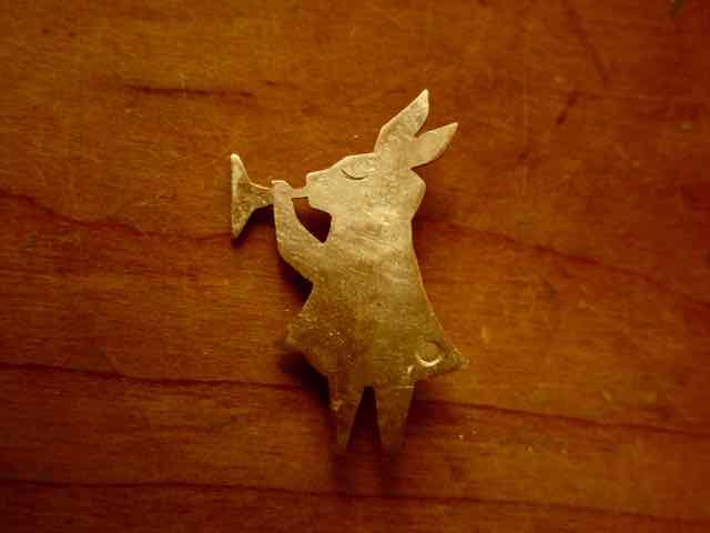 うさぎ さん 真鍮ブローチ  rabbit brass broach 京都手作り市 岐阜手作り市にて販売します