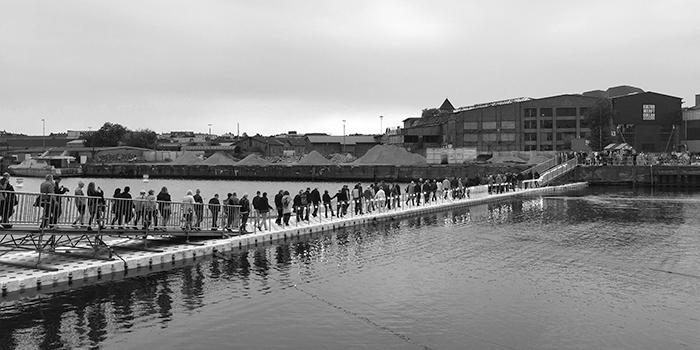 Der Lübecker Brückenschlag über den Wallgraben im Jahr 2019